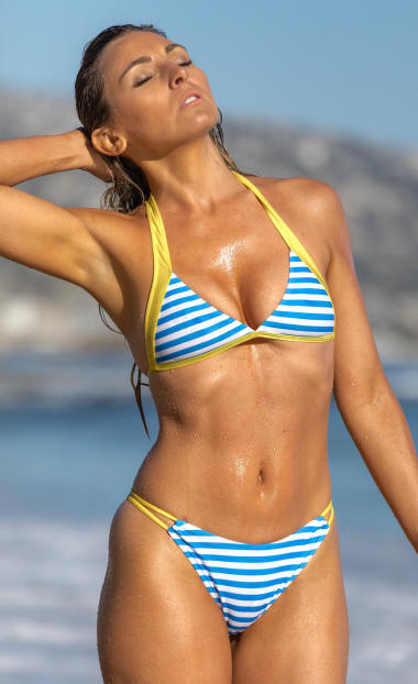 Fixed triangle bikini top adds support