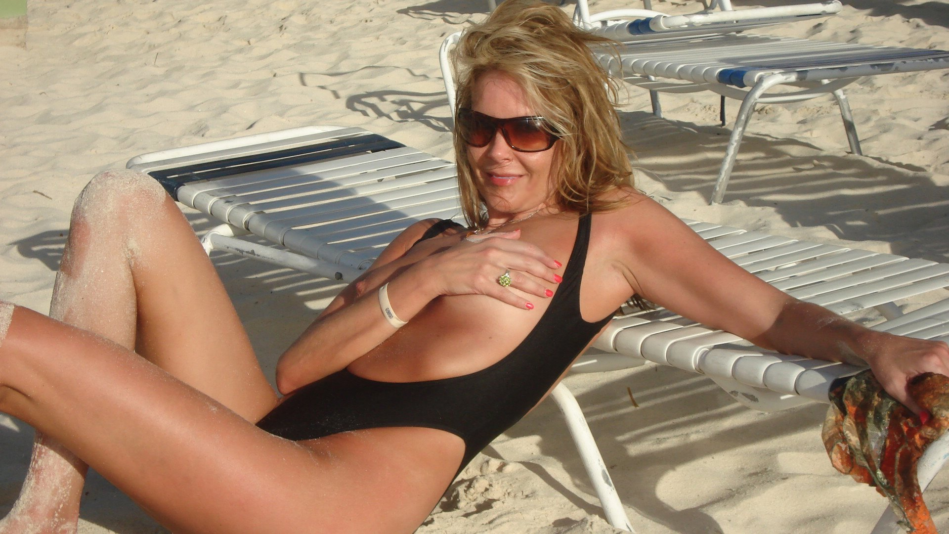 Milf mature woman bathing suit
